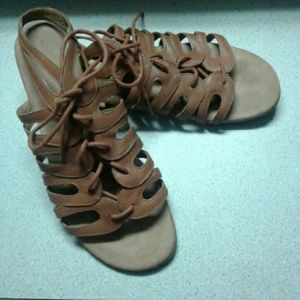 3/$25 Nine West Leather Sandals Size 5.5 Brown